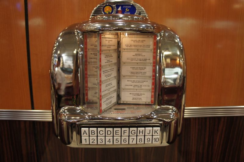 Para pedir música no johnny rockets