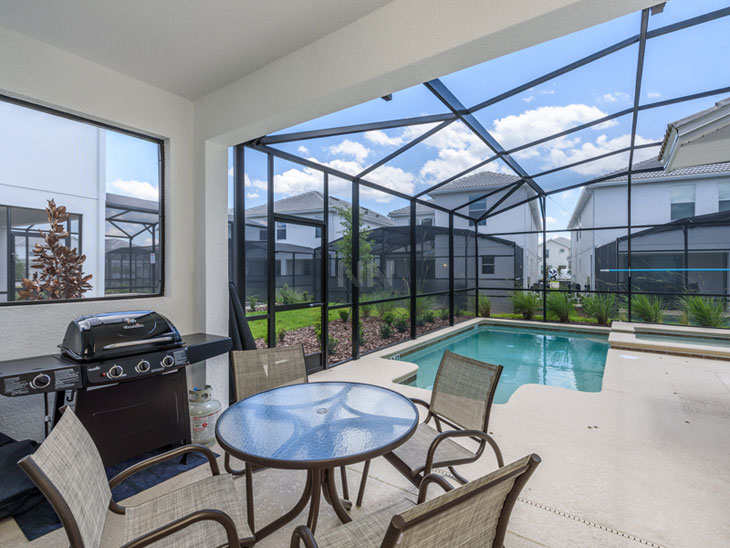Condomínio novo com casas para alugar em Orlando